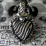 006-Large Detailed Heart Pendant.JPG