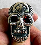 61W. This Customized Skull Ring.jpg