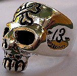 70D. Pirate Skull Ring side.jpg